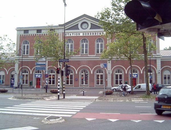 Dordrecht_Station