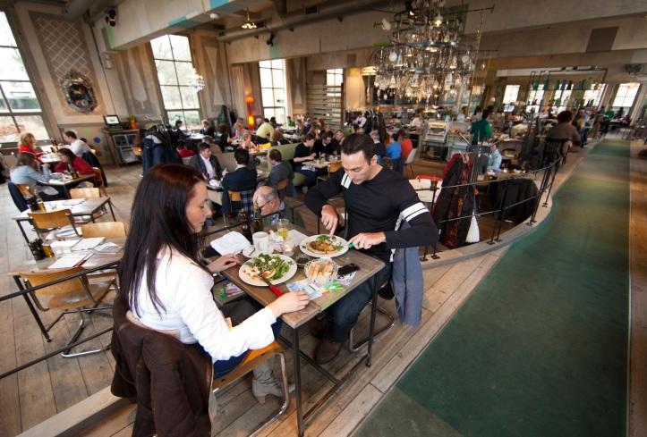 villa auagustus is a famous restaurant/hotel in Dordrecht, netherlands