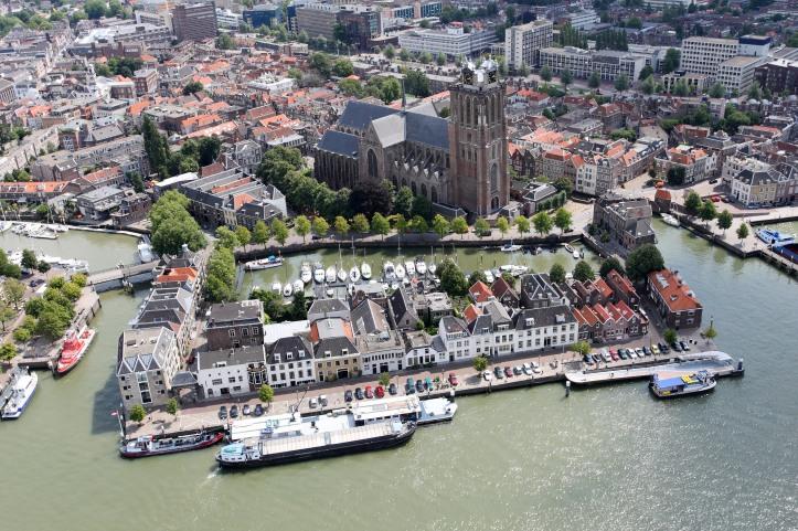 Dordrecht_luchtfoto_01